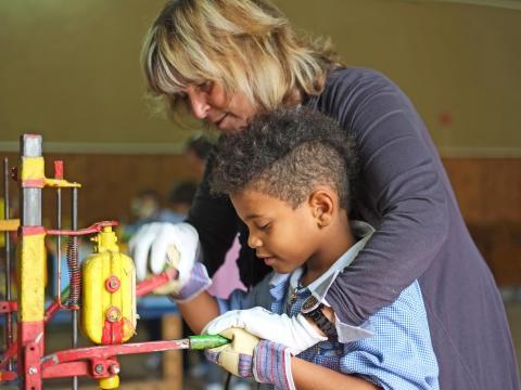 Foto di Ennio Figini - Progetto Fiaf CSVnet - Tanti per tutti viaggio nel volontariato italiano